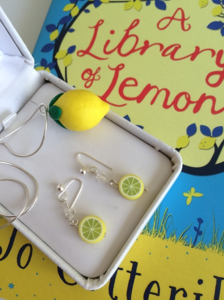 I made some lemony jewellery to match the book :-)